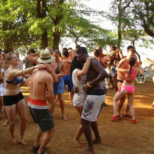 Obozy taneczne - beach party