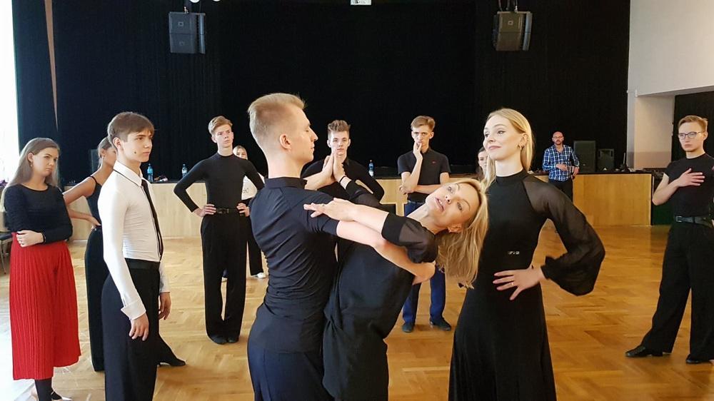 szkolenie-tance-standardowe-hawkins-04